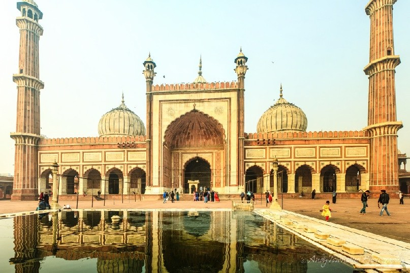 The inner courtyard and reflections of Jama Masjid mosque.