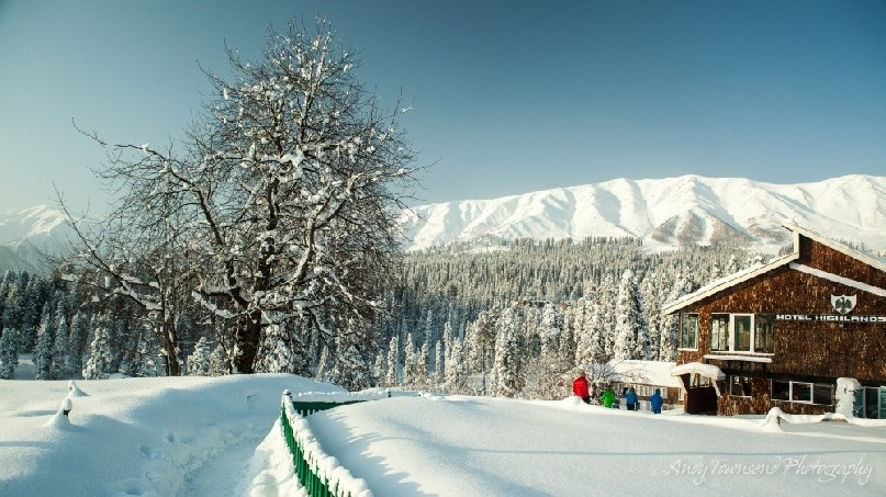 A blue sky day over Gulmarg showing the new snowfall.